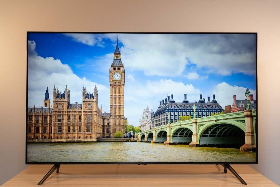 Samsung TU8000 55 4K TV - Display