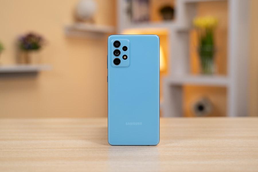 Galaxy A72 - Design Awesome Blue