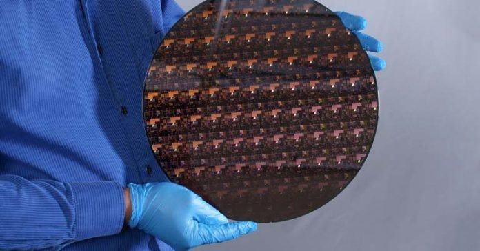 IBM announces 2nm chip World's first process