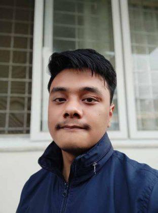 Redmi Note 10 - Portrait Selfie 3