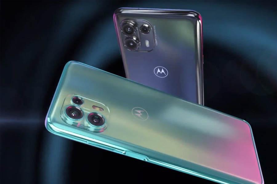 Moto Edge 20 Lite Camera and Design