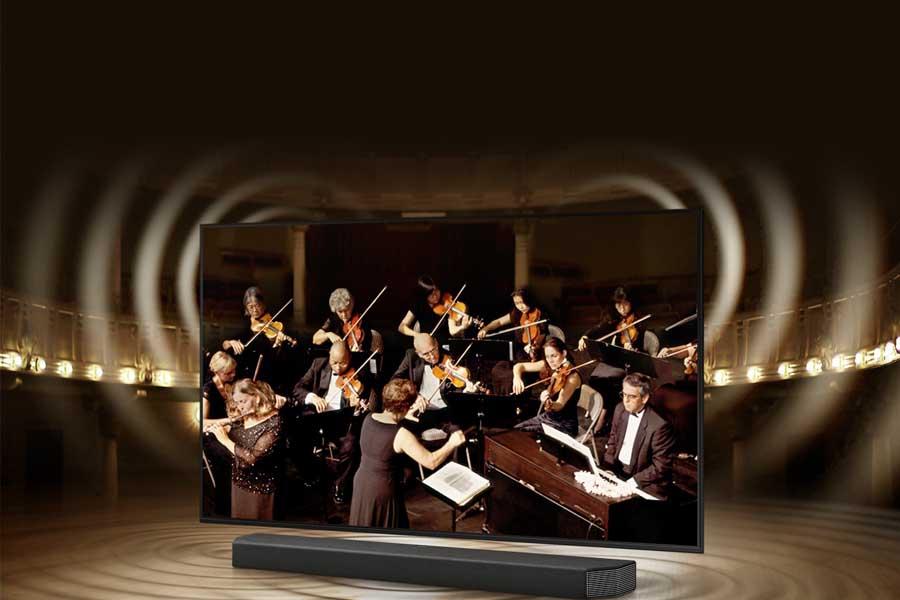 Samsung AU8000 with Q-Symphony