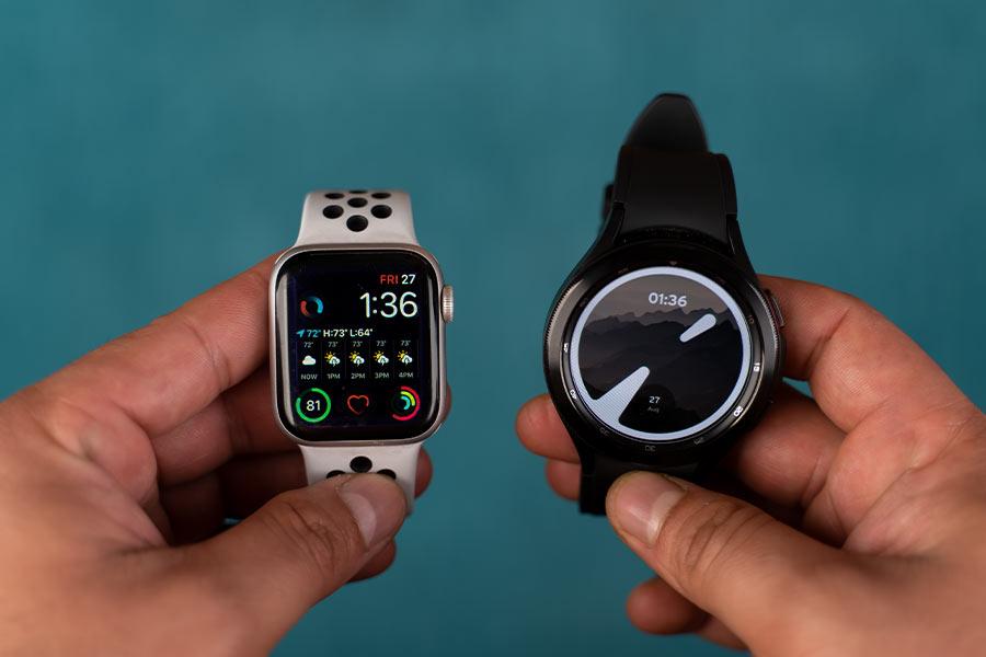 Apple Watch Series 6 vs Samsung Galaxy Watch 4 Classic - 1