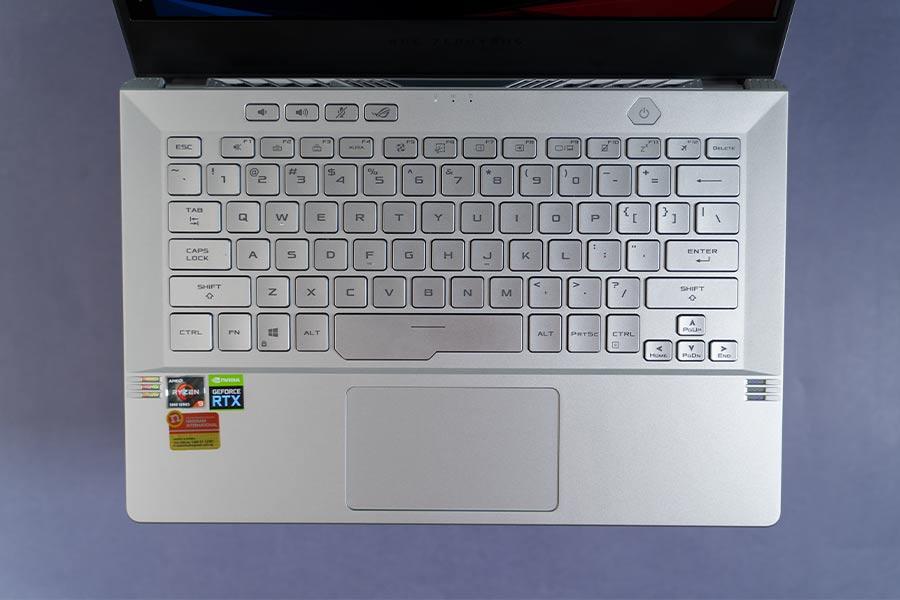 Asus ROG Zephyrus G14 2021 - Keyboard