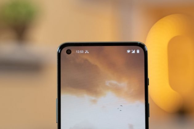 OnePlus Nord 2 - Front Camera