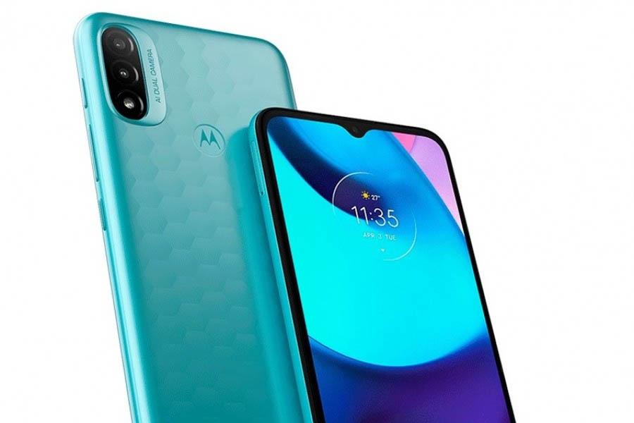 Motorola Moto E20 Design and Display
