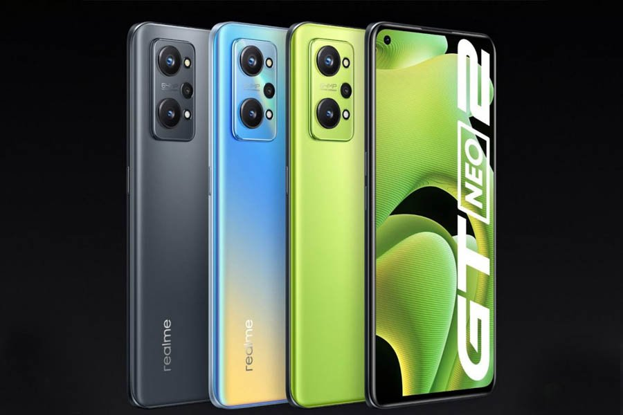 Realme GT Neo 2 Design and Display