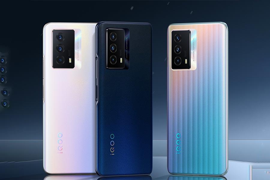 iQOO Z5 Camera and Design